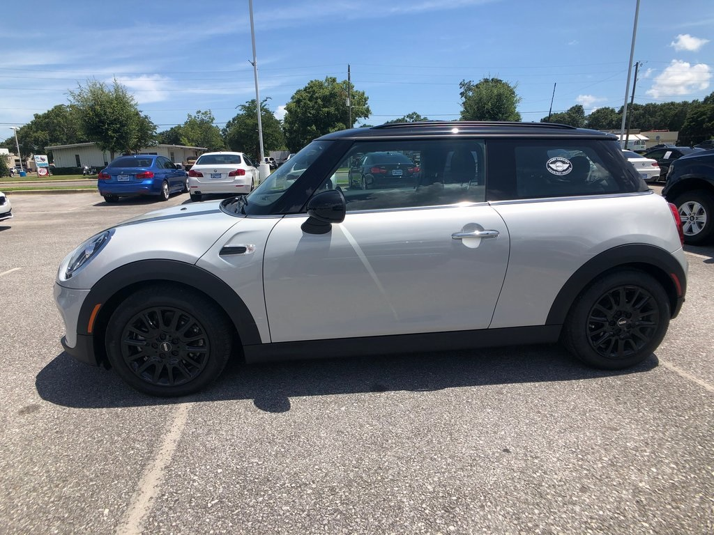 New 2019 MINI Hardtop 2 Door Base