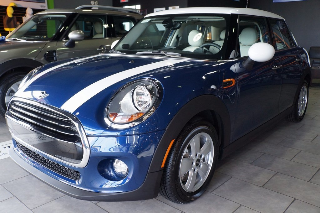 New 2018 Mini Hardtop 4 Door Cooper 4d Hatchback In Pensacola C1780
